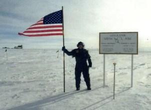 Antarctica-base-subterranea-ufo-aliens-brian-jpg