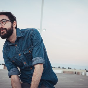 This Is Why Women Are So Attracted To Men Who Are Deep Thinkers