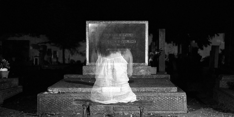 13 Real-Life Ghost Encounters That Will Have You Terrified Of Falling AsleepTonight