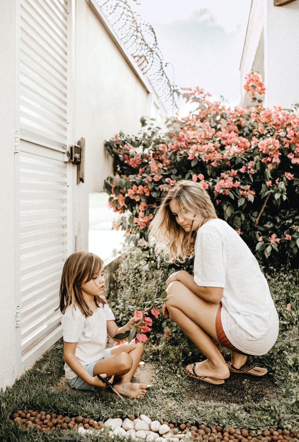 daughters of narcissistic mothers: symptoms