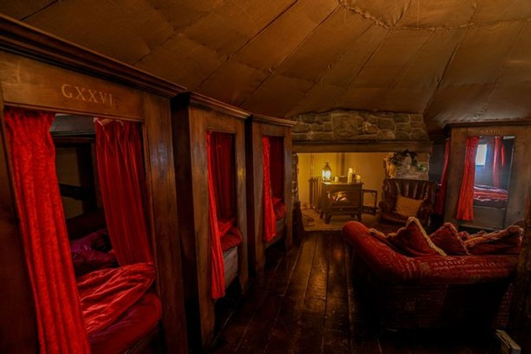 you can now stay in a gryffindor-inspired cottage that can sleep six people