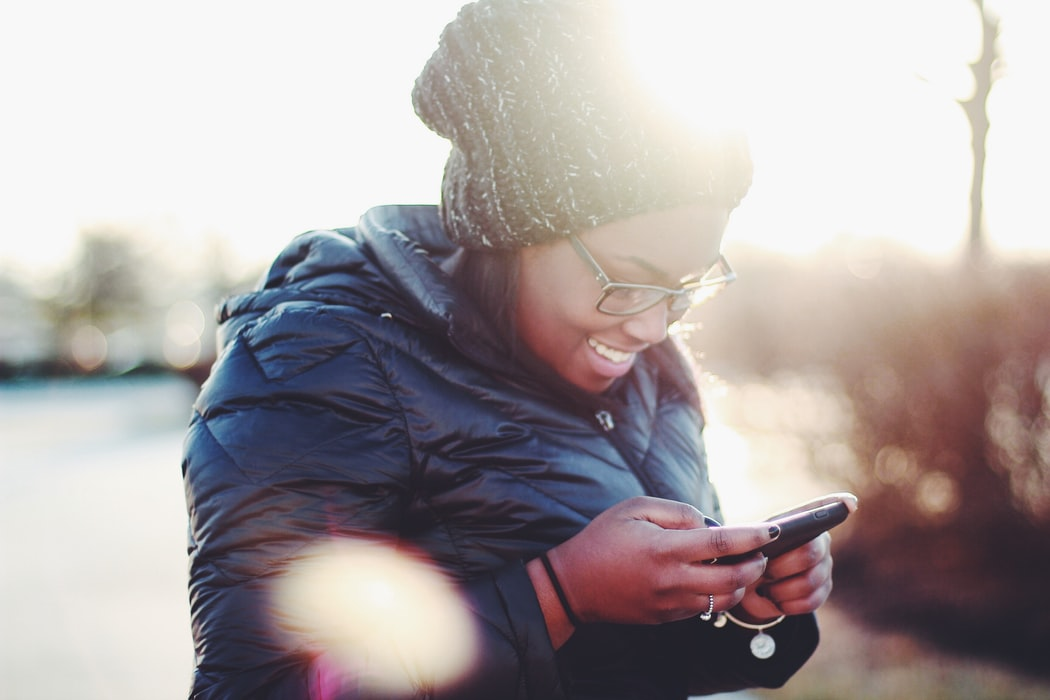 how to woo a guy with only texts: make him feel special too!