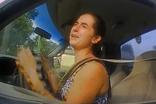 woman leads cops on high-speed chase after telling them 'i have to poop so bad'