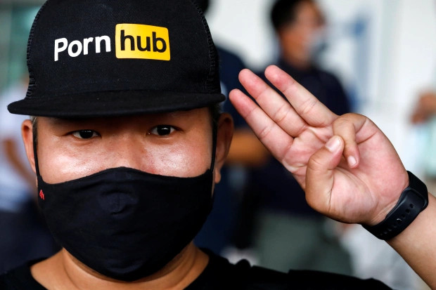 anger surges as pornhub is now banned in thailand