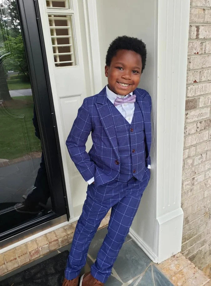 7-year-old throws private prom for babysitter after hers was canceled