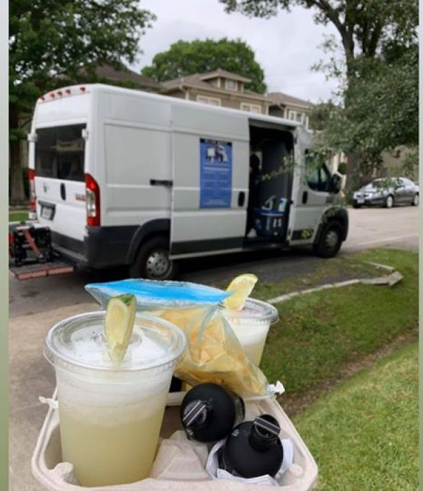 adult 'ice cream truck' delivers frozen cocktails