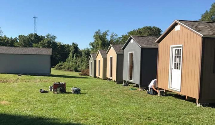 city refuses to let veterans stay homeless, builds them tiny homes for free