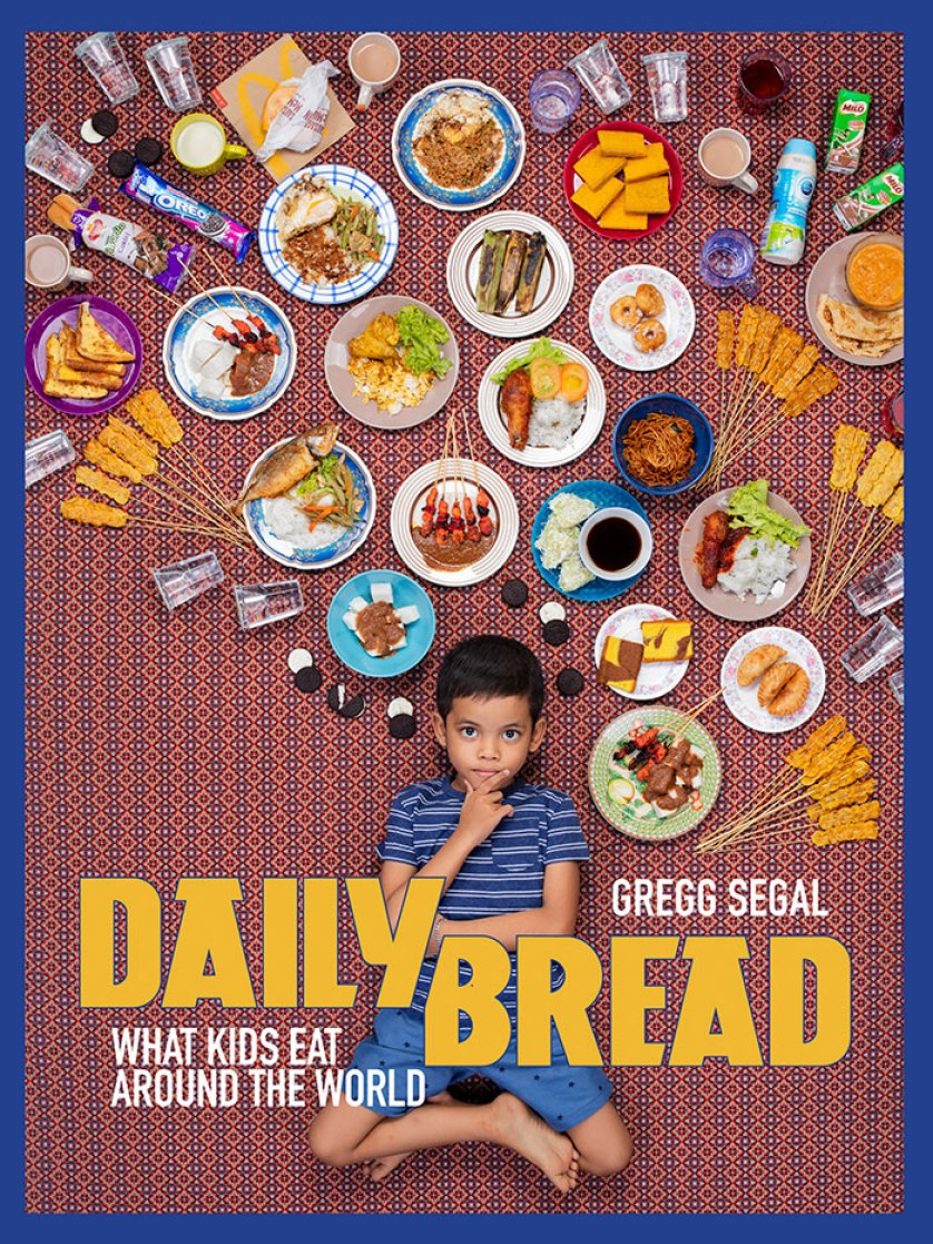this photographer took pictures of kids from around the world with what they eat in one week (25 pics)