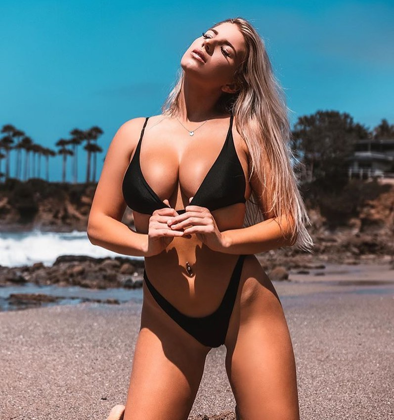 ashlynn skyy's body is out of this world