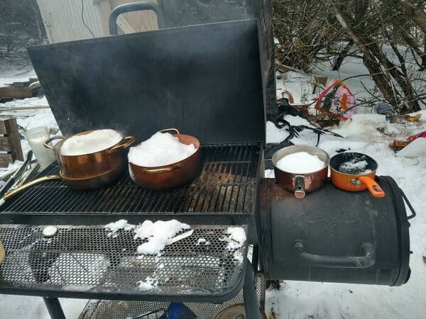 texans are sharing crazy photos of how they're dealing with record low temps (30 pics)