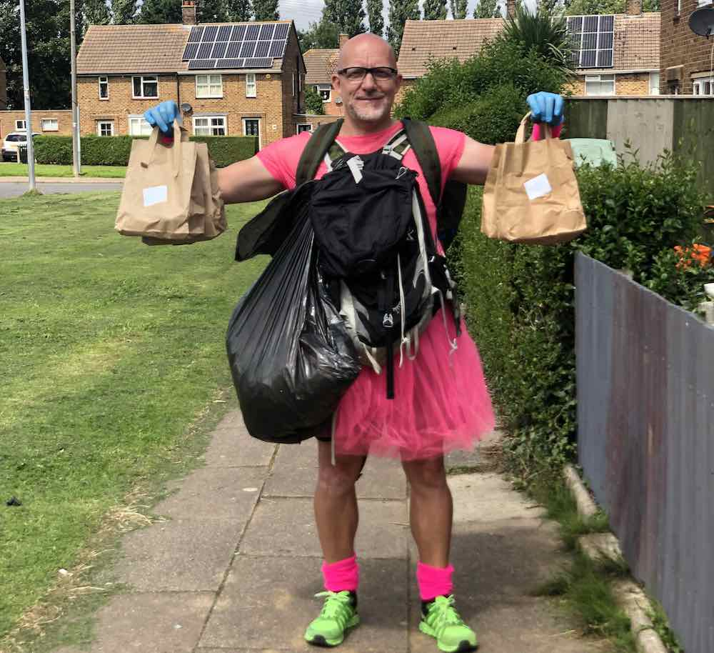 hero teacher spent every day in lockdown preparing food for his pupils and delivered 7,500 packed lunches