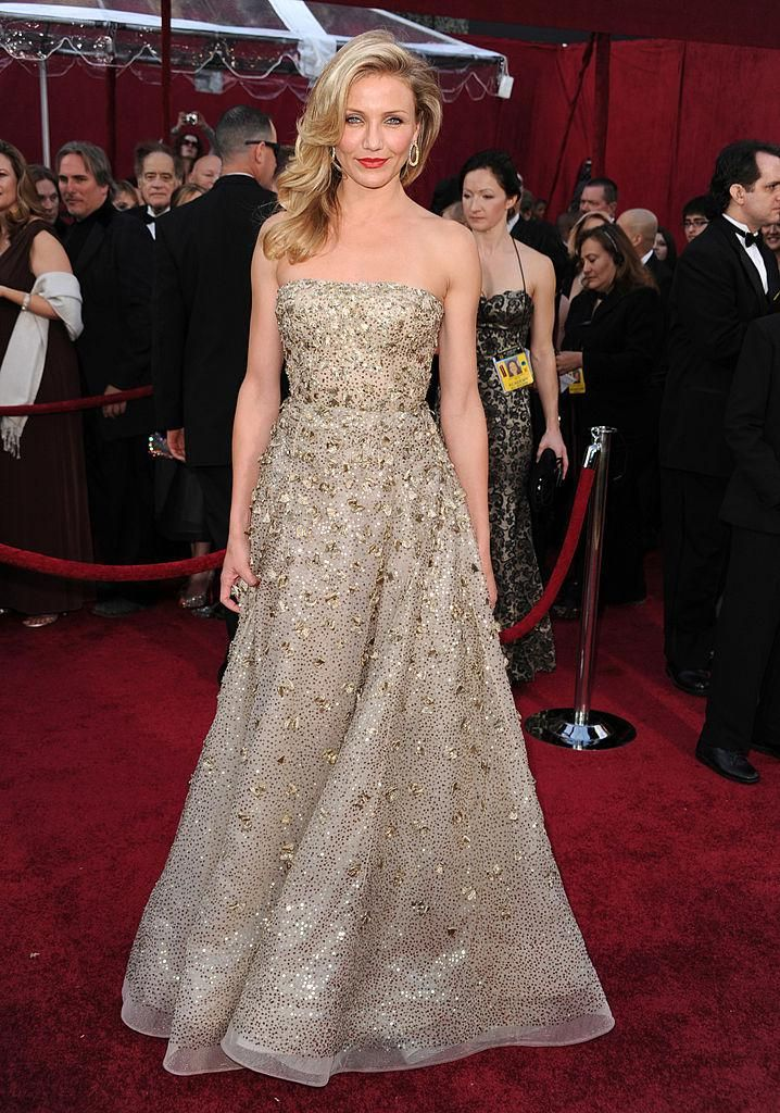 margot robbie's dress called 'the worst dress in history'