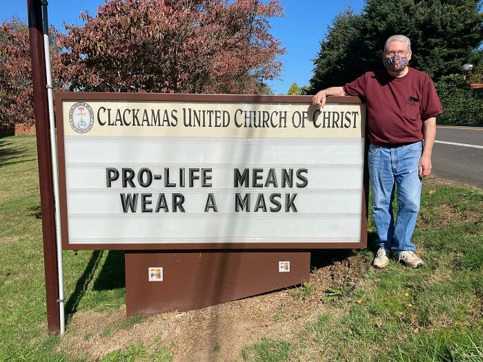 this church is going viral for their openness and their sign game is epic (35 new pics)