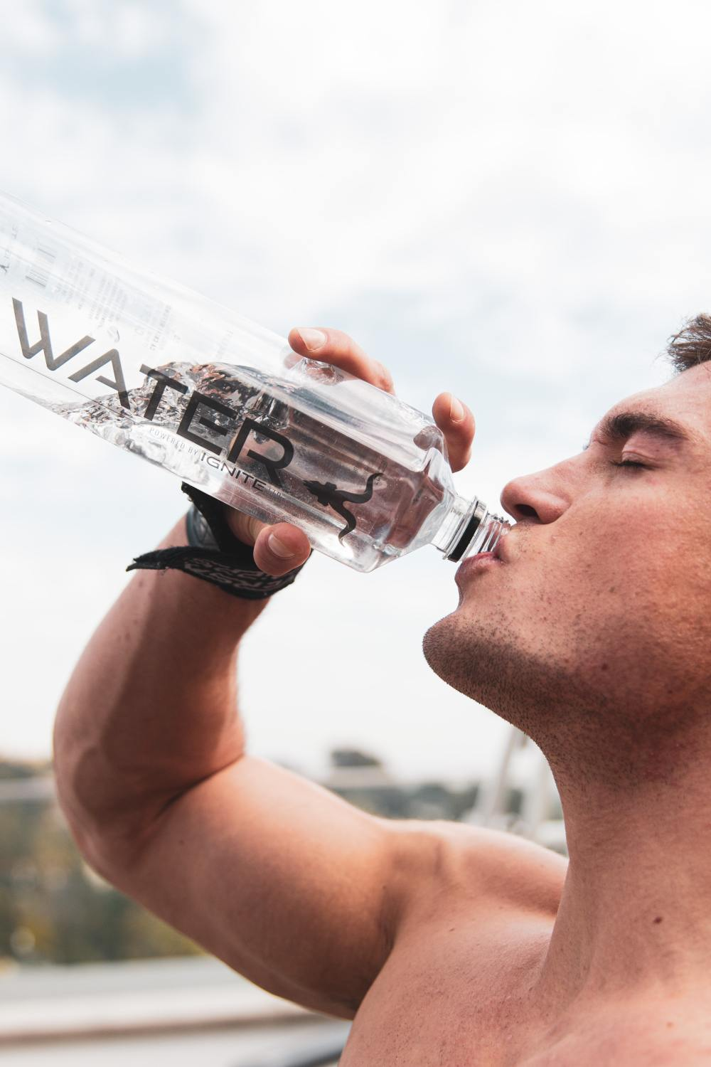 i drank absolutely nothing but water for 7 days; this is how my body changed