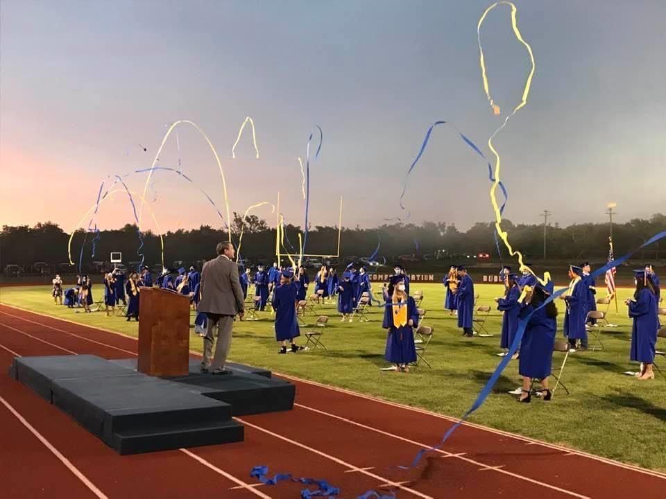 "Half Of Graduating Class At Texas High School Suspended Over ""harmless"" Prank"