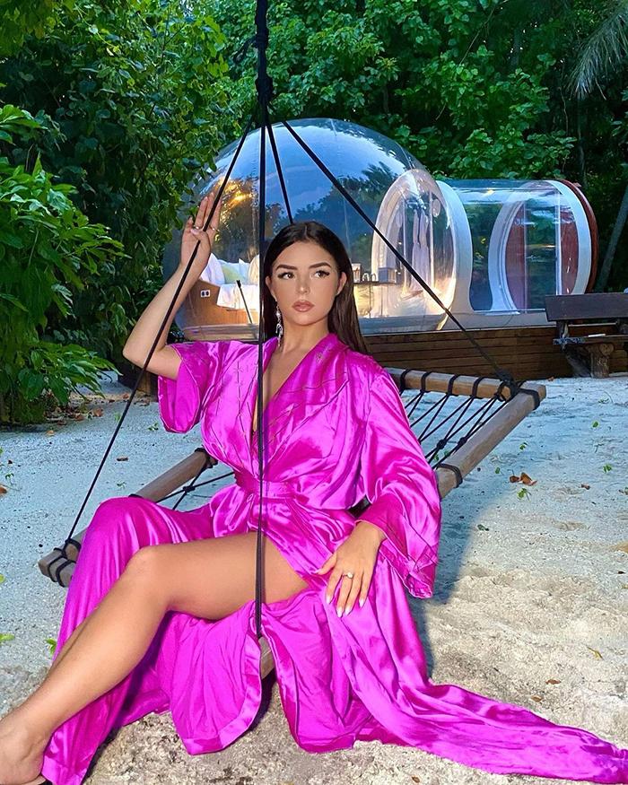 Demi Rose Recent Photos Generates Hundreds Of Reactions