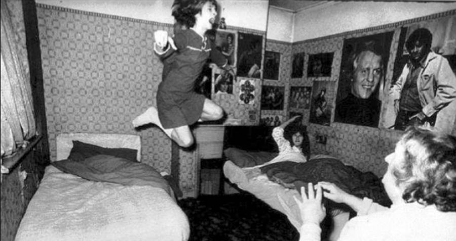 The Terrifying Truth Behind The Conjuring: The Perron Family And Enfield Haunting