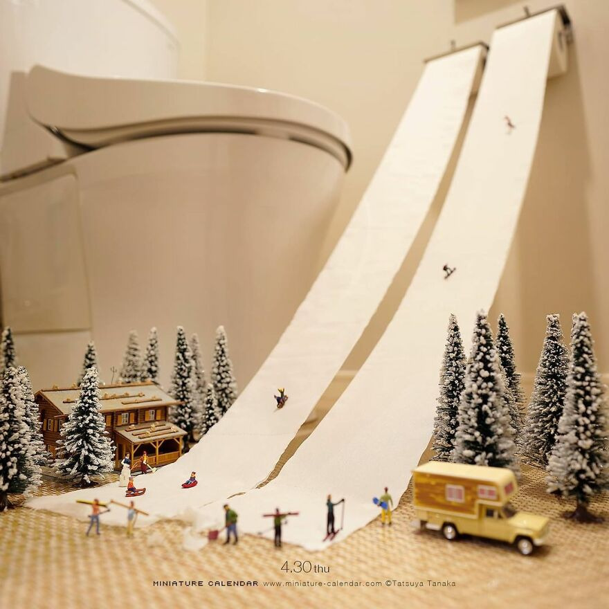 Japanese Artist Has Been Creating Miniature Dioramas Every Day For Seven Years (45 New Pics)