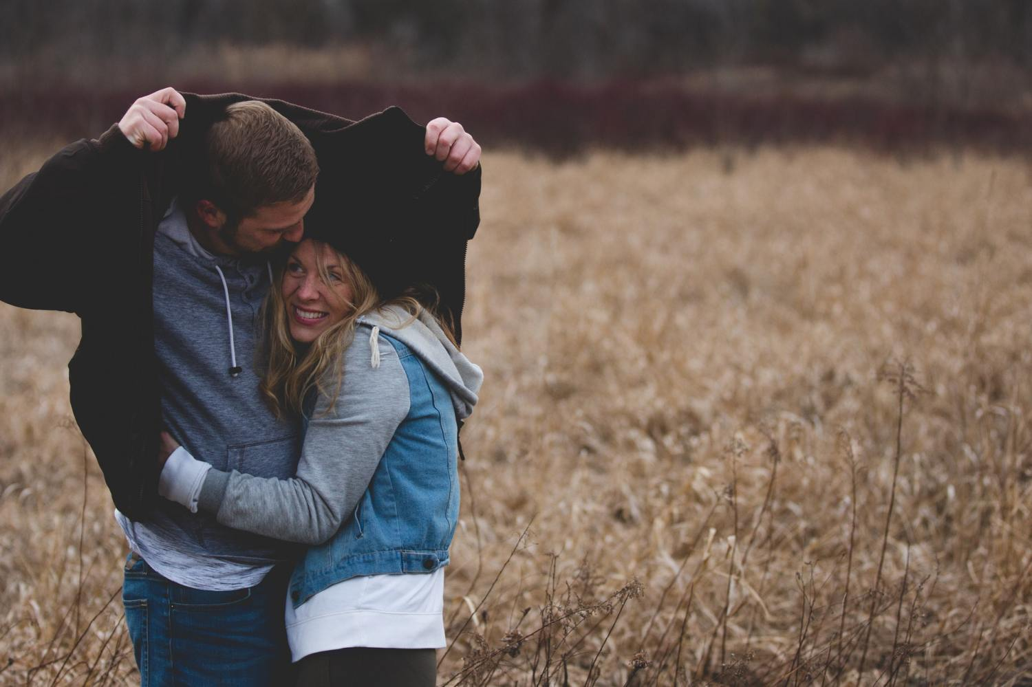 12 Sure Signs He Wants To Marry You – Here's What To Look Out For
