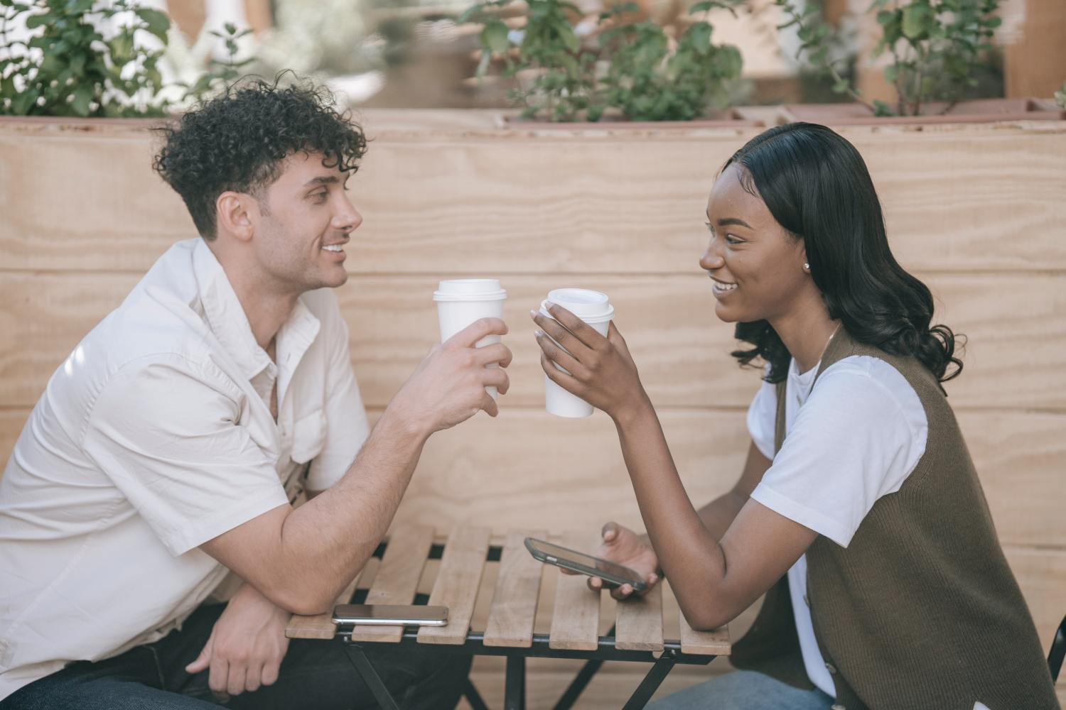 The Top Reasons Why Mature Women Have Successful Relationships: 15 Steps To Live By For A Winning Partnership