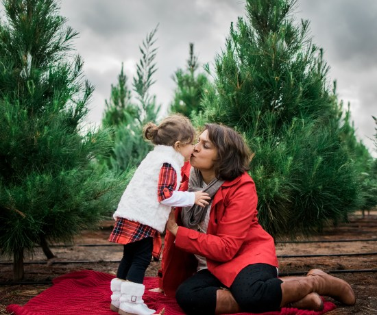 Tis the season | A holiday mini session at a local tree farm in San Diego California by Brandi of Thoughts By B Photography