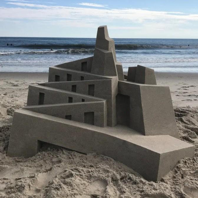 Brutalist sandcastle 03