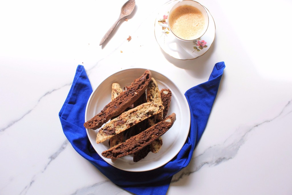 dark chocolate macadamia biscotti