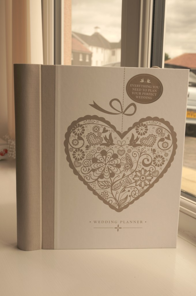 Paper Themes Wedding Planner Review