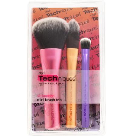 real-techniques-brush-set-mini-brush-set-pixie-woo-beauty-bloggers-makeup-brushes-for-handbag-travel-size-brushes