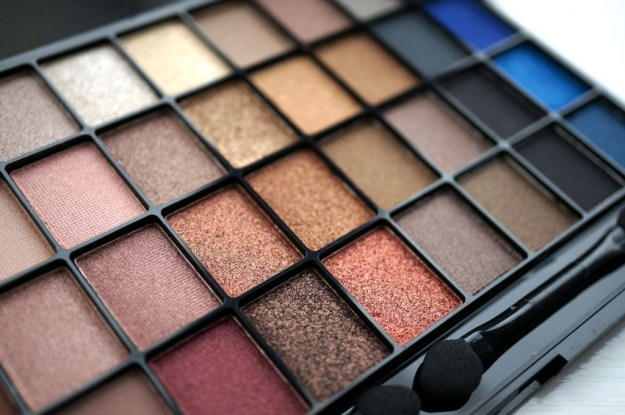 eyeshadow-palette-review