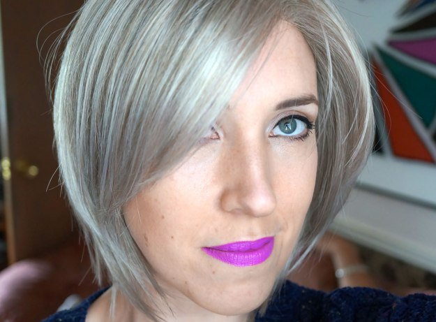 grey-wig