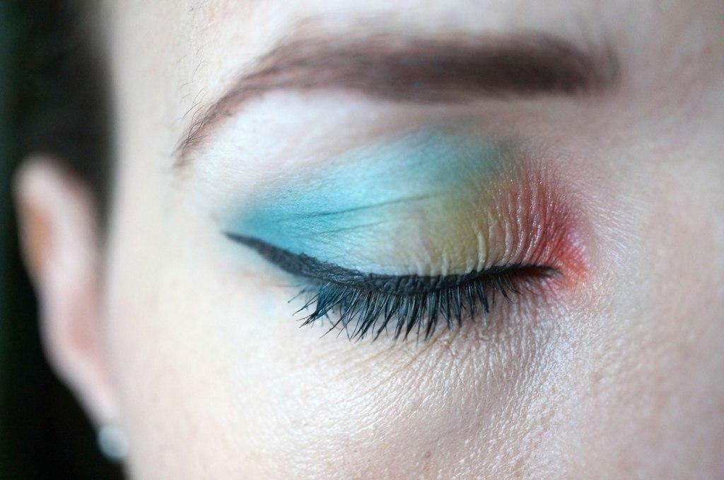 rainbow-eye-closed