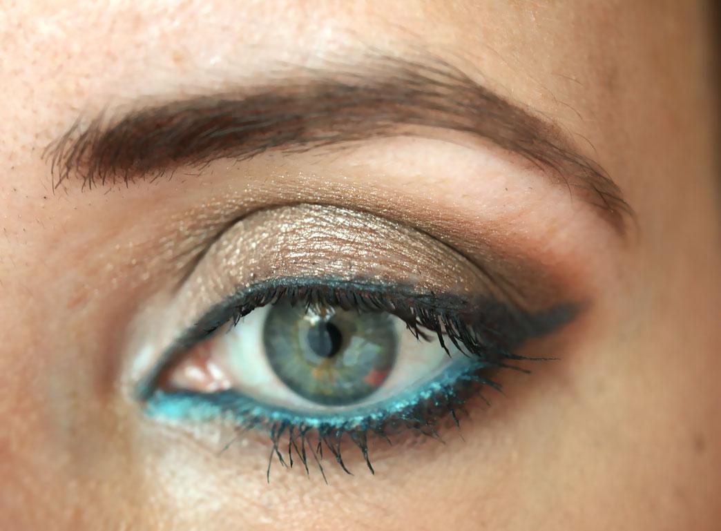 eye-makeup-blue-eyeliner