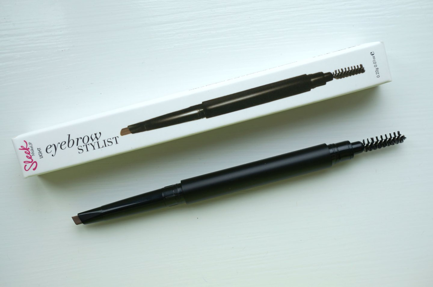 sleek-eyebrow-stylist-review
