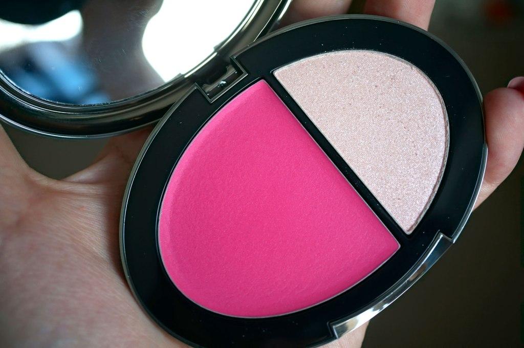 tara-tarantino-cream-blush