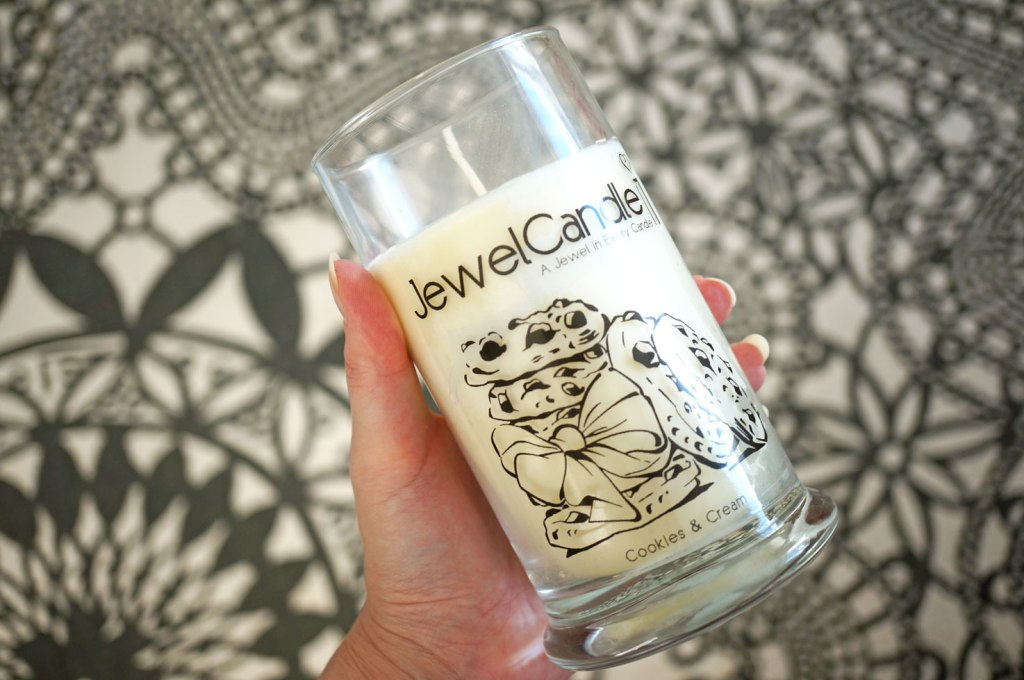Jewel Candle Review & Giveaway!