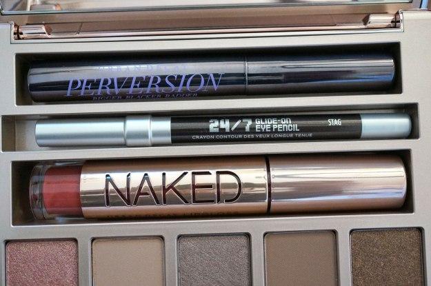naked-on-the-run
