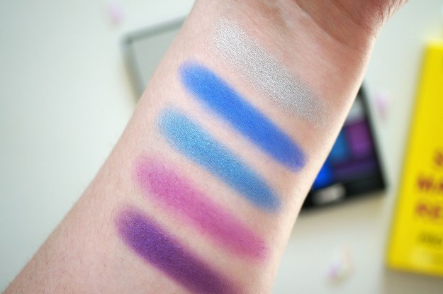makeup-revolution-blue-eyeshadows-review
