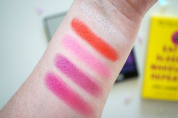 makeup-revolution-pink-eyeshadows-review