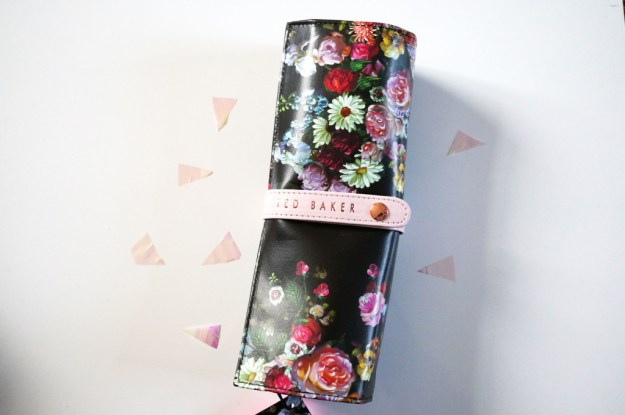 ted-baker-jewellery-roll