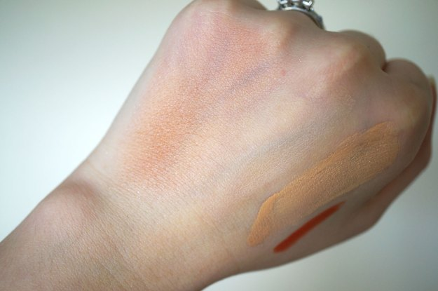inika-cosmetics-blusher-swatch