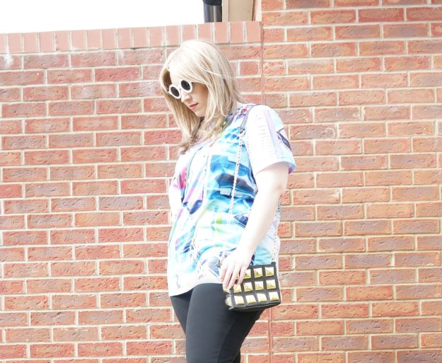 tein-clothing-tshirt