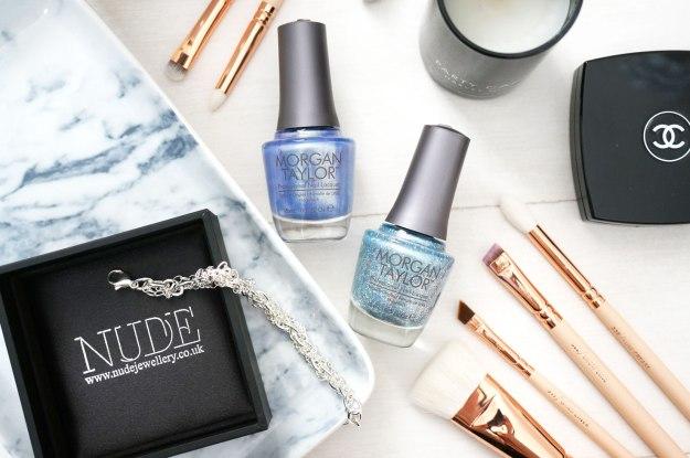 cinderella-nail-polish-nude-jewellery