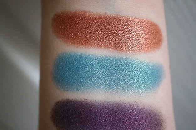 neve-eyeshadow-swatches