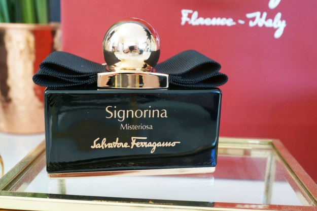 Salvatore-Ferragamo-Signorina-Misteriosa-review