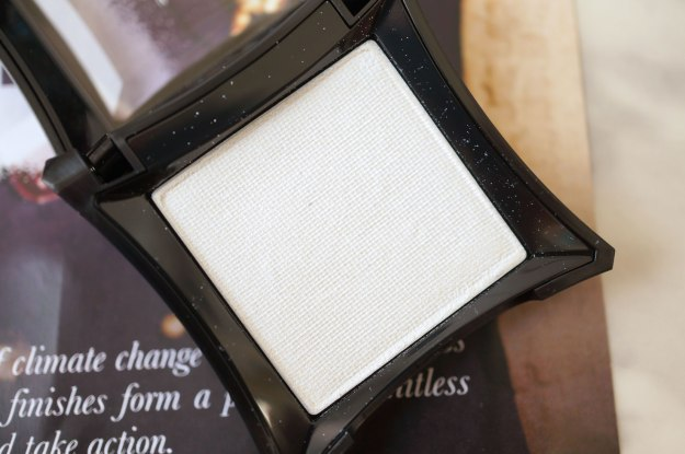 illamasqua-eyeshadow-cascade-review