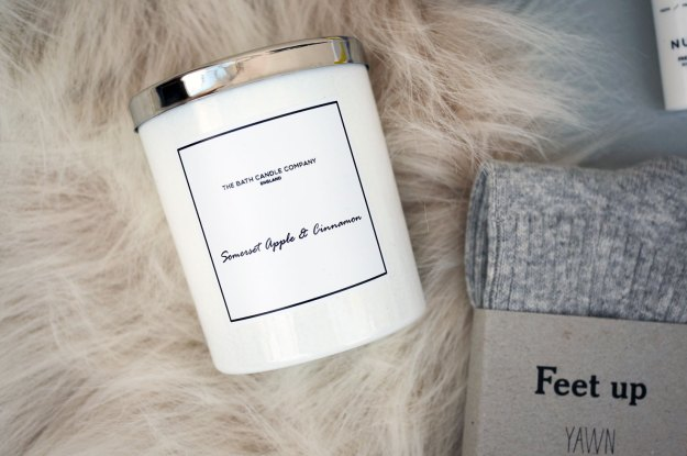 the-bath-candle-company-somerset-apple-cinnamon-candle