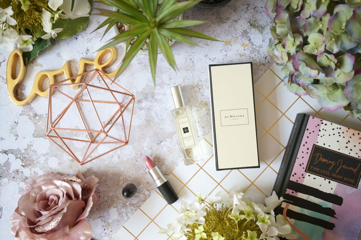 Fragrance: Jo Malone English Oak & Redcurrant