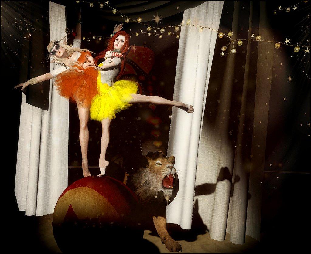 Circus Fox & Chick