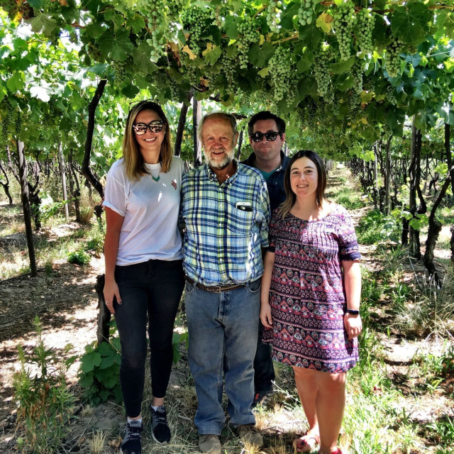 Wine Grape Growers in Vineyard_Chile_Chilean Wine Adventure_ThreadsandVino